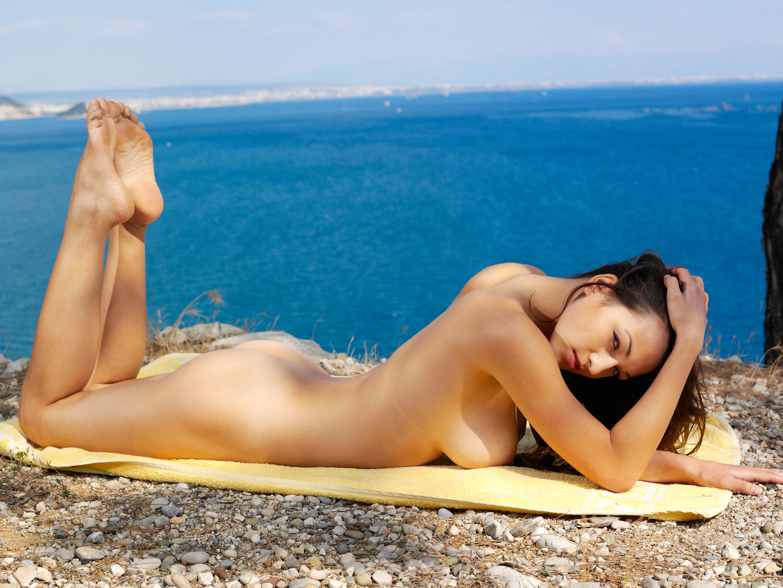 Секс с девушками у моря 13 фотография