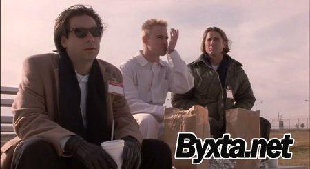 Бутылочная ракета / Bottle Rocket [1996 / DVDRip]