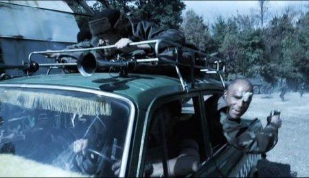 В тылу врага 2: Ось зла / Behind Enemy Lines 2: Axis Of Evil [2006 / DVDRip]