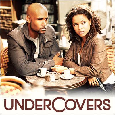 Под семейным прикрытием / Undercovers [Season 1/Episode 1-4] [2010 / HDTVRip]