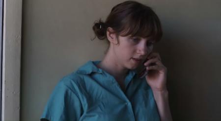 Взрывная девушка / The Exploding Girl [2010 / DVDRip]